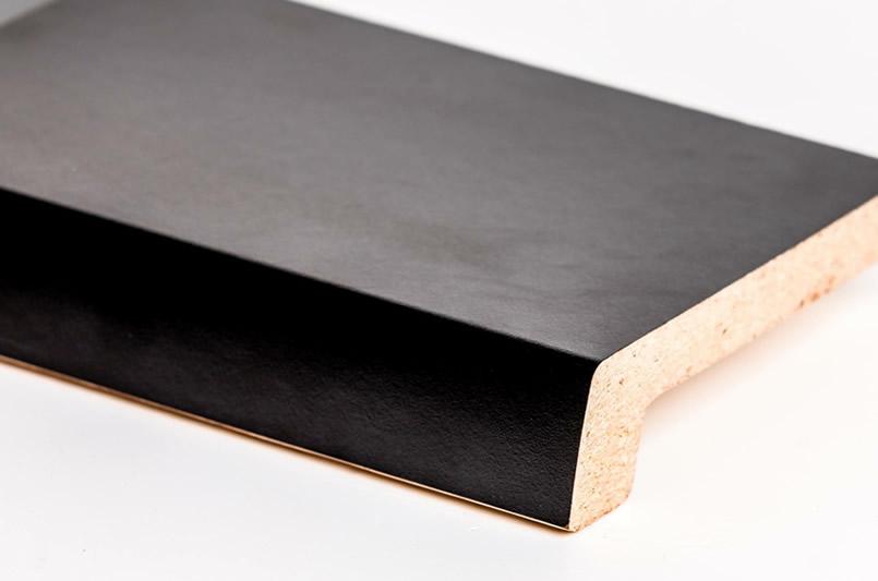 Черный (407)